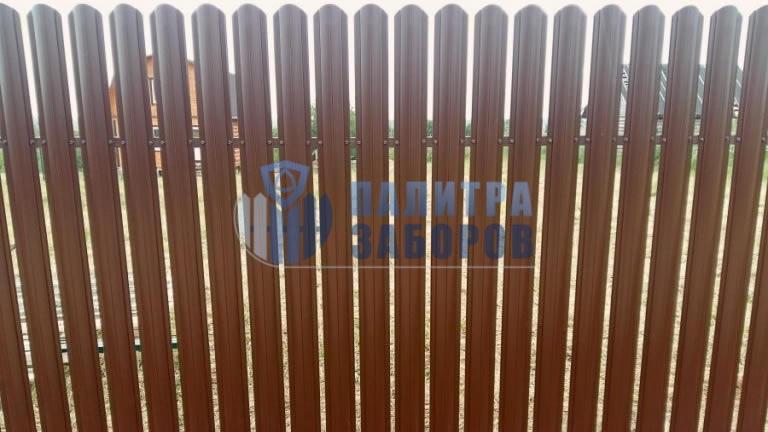 Забор из металлоштакетника под имитацию дерева 150 метров
