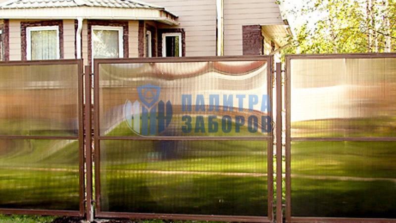Забор из поликарбоната в секциях 30 метров