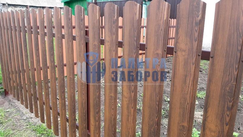 Забор из металлоштакетника под имитацию дерева 80 метров