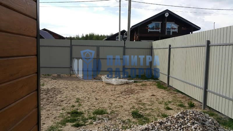Забор из профнастила с бетонированием столбов 30 метров