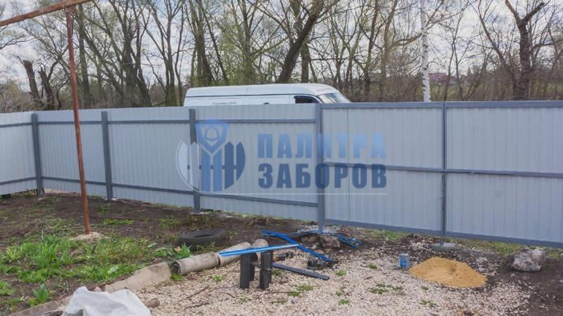 Забор из профнастила с бетонированием столбов 6 соток