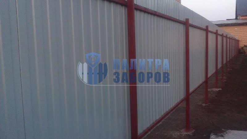 Забор из профнастила с бетонированием столбов 8 соток