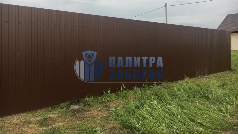 Забор из профнастила с забивными столбами 100 метров