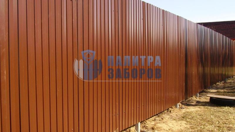 Забор из профнастила с забивными столбами 200 метров